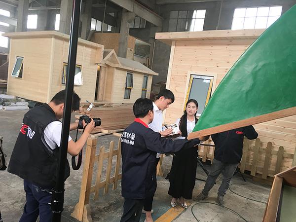 凤凰栖央视木屋建造拍摄-2