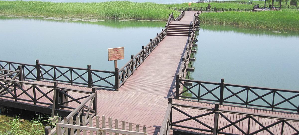 苏州环太湖公园木结构栈道细节(三)