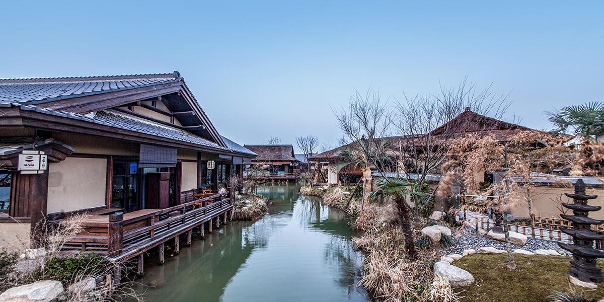无锡拈花湾禅意小镇木结构房屋建造